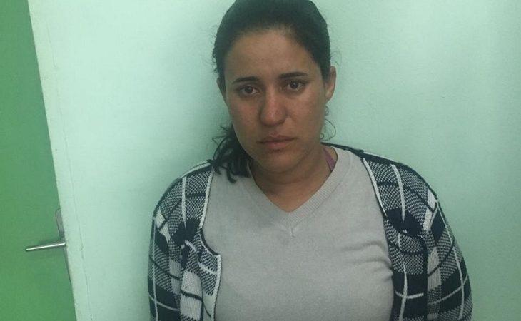 50208c9e6 Uma mulher foi presa por força de mandado de prisão na manhã desta terça- feira (28)